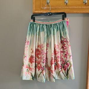 2/$35🔥 Peter Martin silk blend floral print skirt
